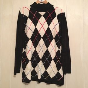 Valerie Stevens Sweaters - Chenille Sweater Black White Argyle Print